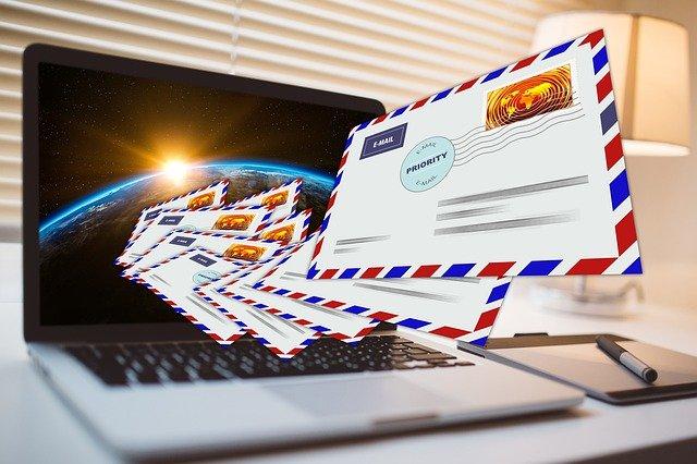 Letter E Mail Mail Keyboard Laptop  - geralt / Pixabay