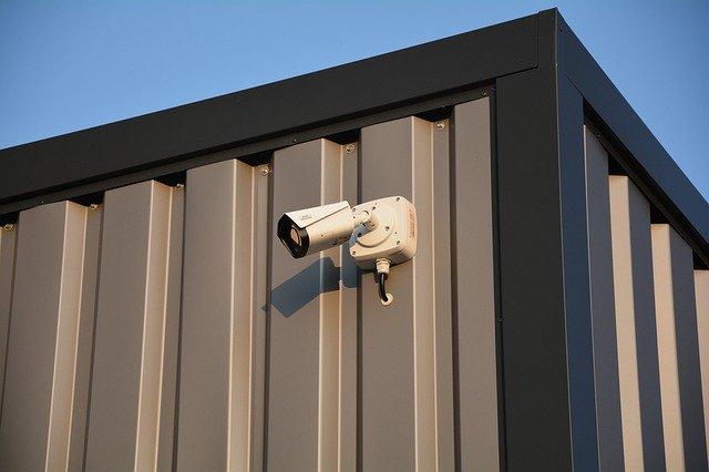 Security Camera Monitoring  - fmunzert / Pixabay
